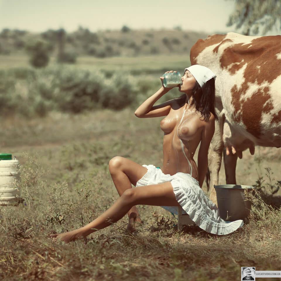 Девушки с животными