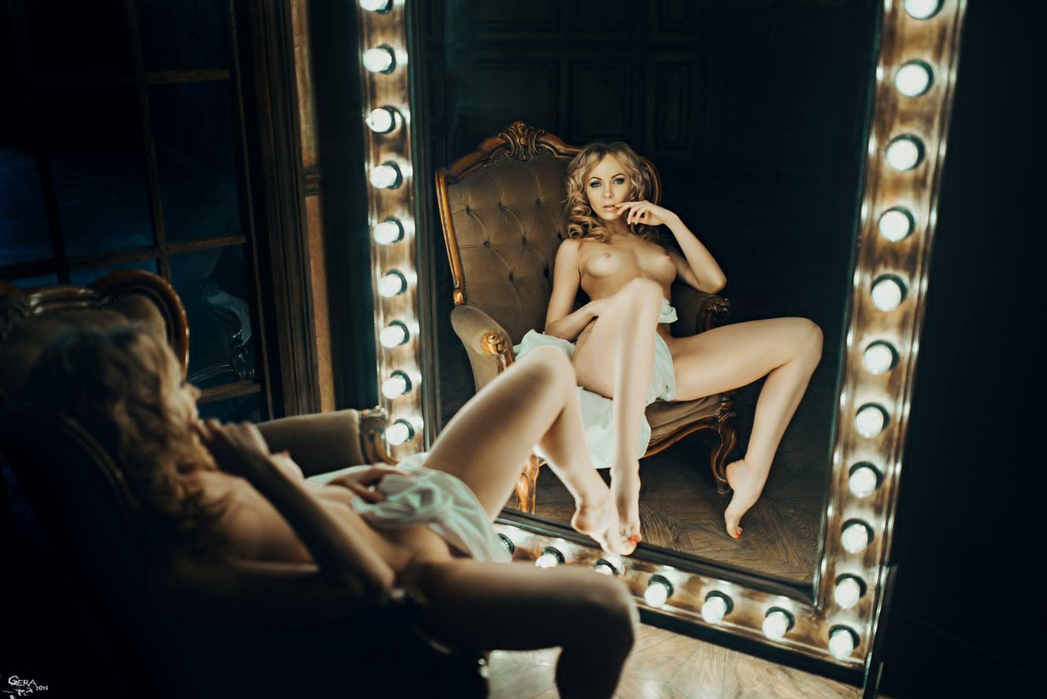 erotika-pered-zerkalom