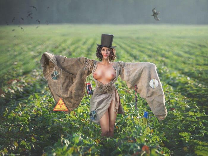 Полуголое пуголо в поле