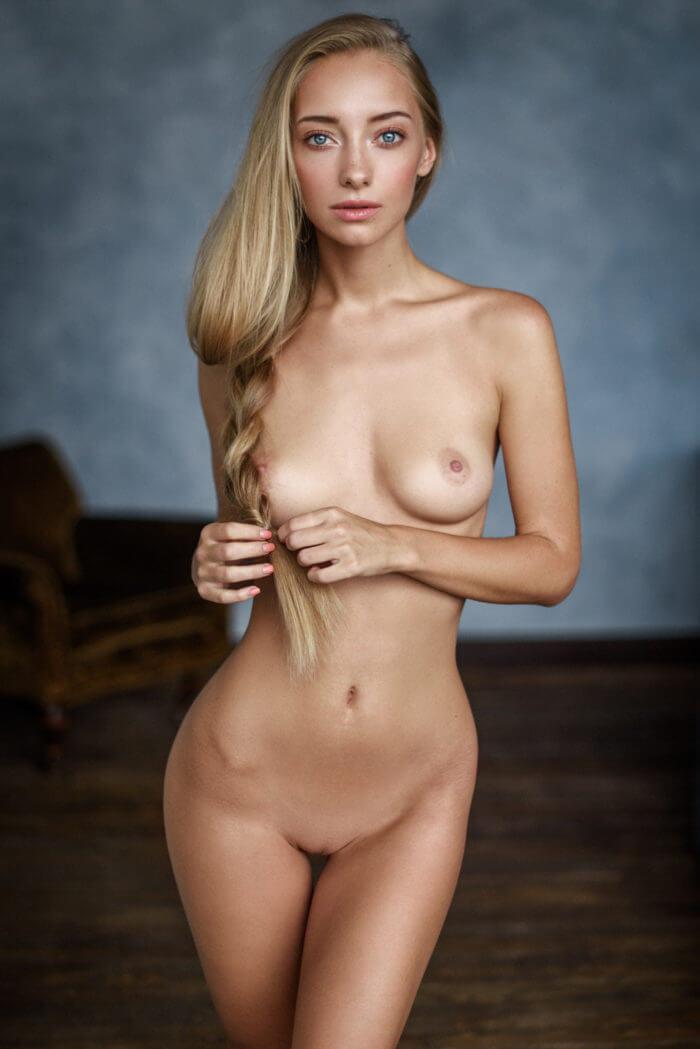 Вкусная девочка