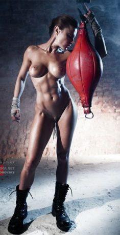 Атлетичная девочка Alexandra Radovka