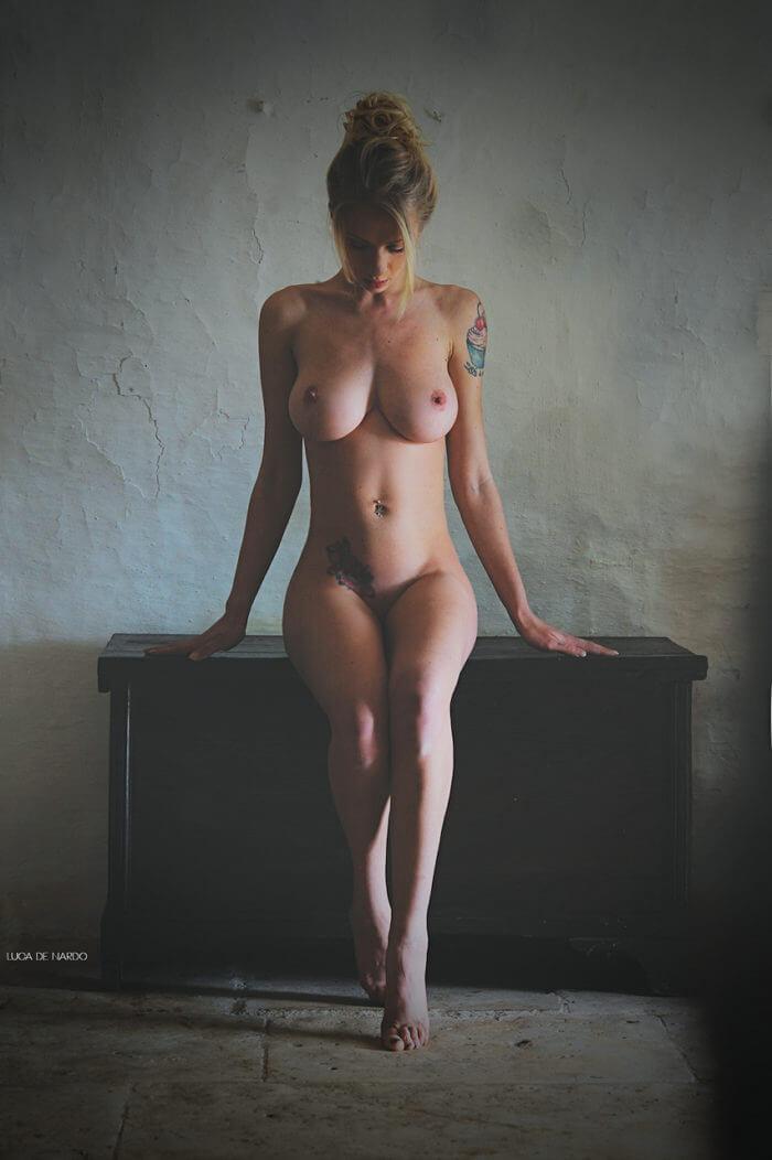 Голая Natasha Legeyda