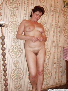 Дама без одежды