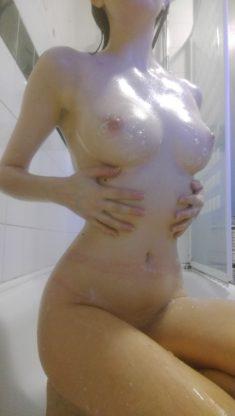 Мыльные сиси в ванне
