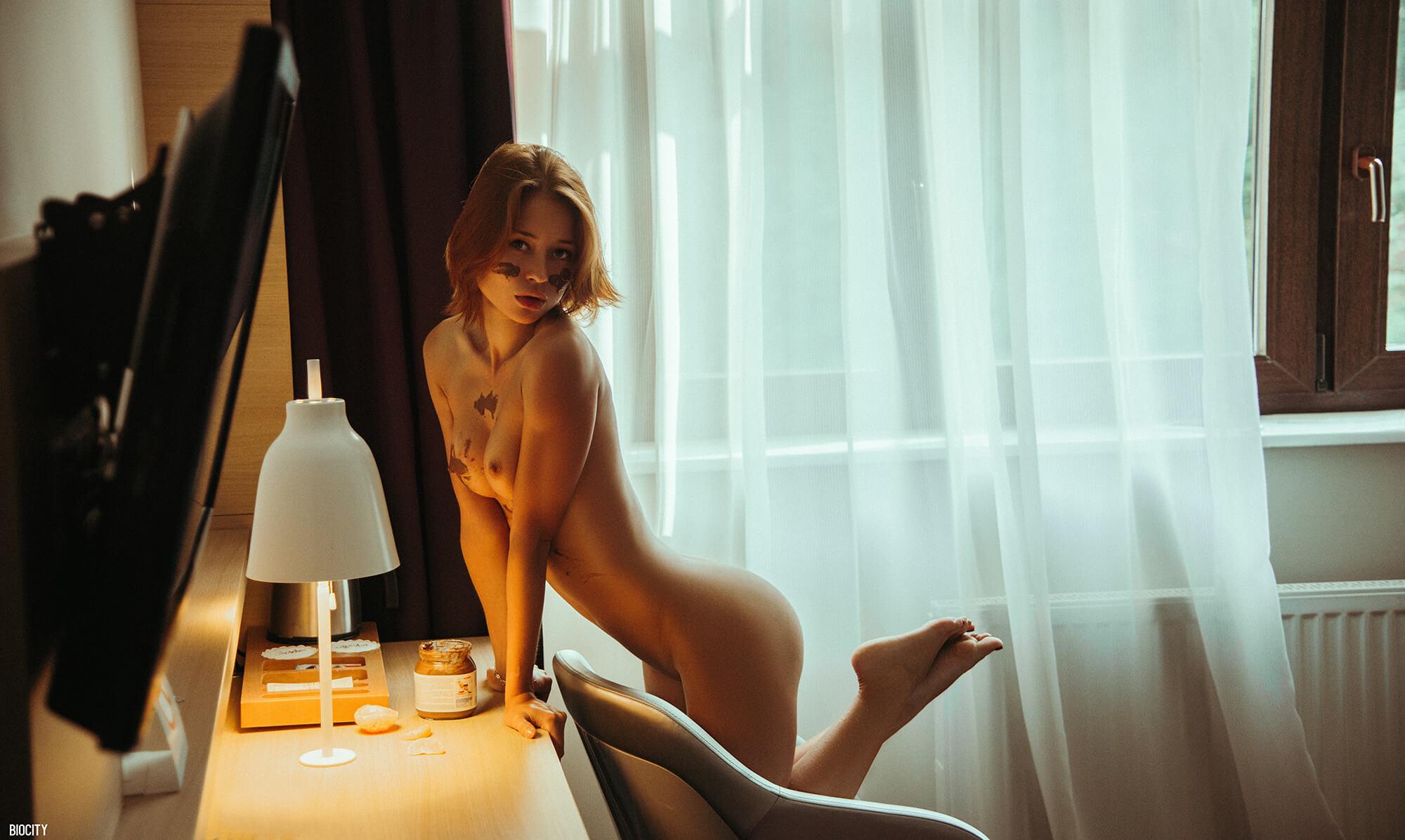 ГОЛЫЕ ЖЕНЫ и домохозяйки  Порно фото жен