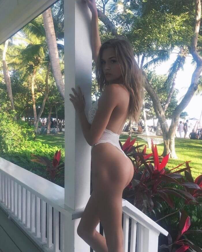 Секси девочка Josephine Skriver