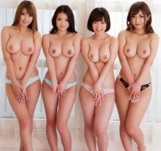 4 голые азиатки