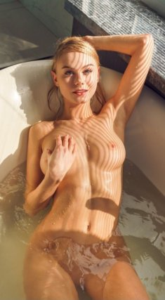 Фото-эротика в ванной