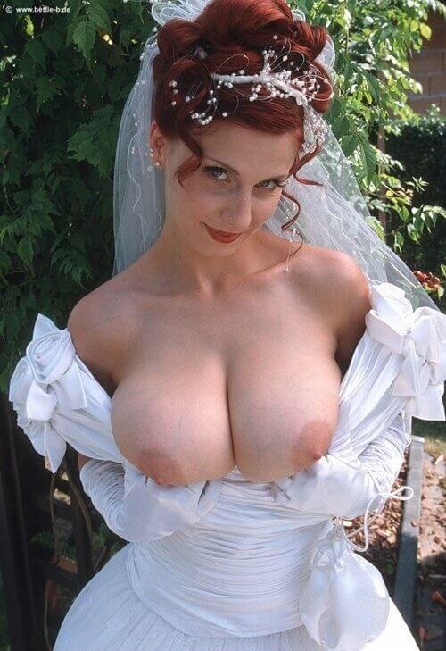 Сиськи невесты и другие голые девушки
